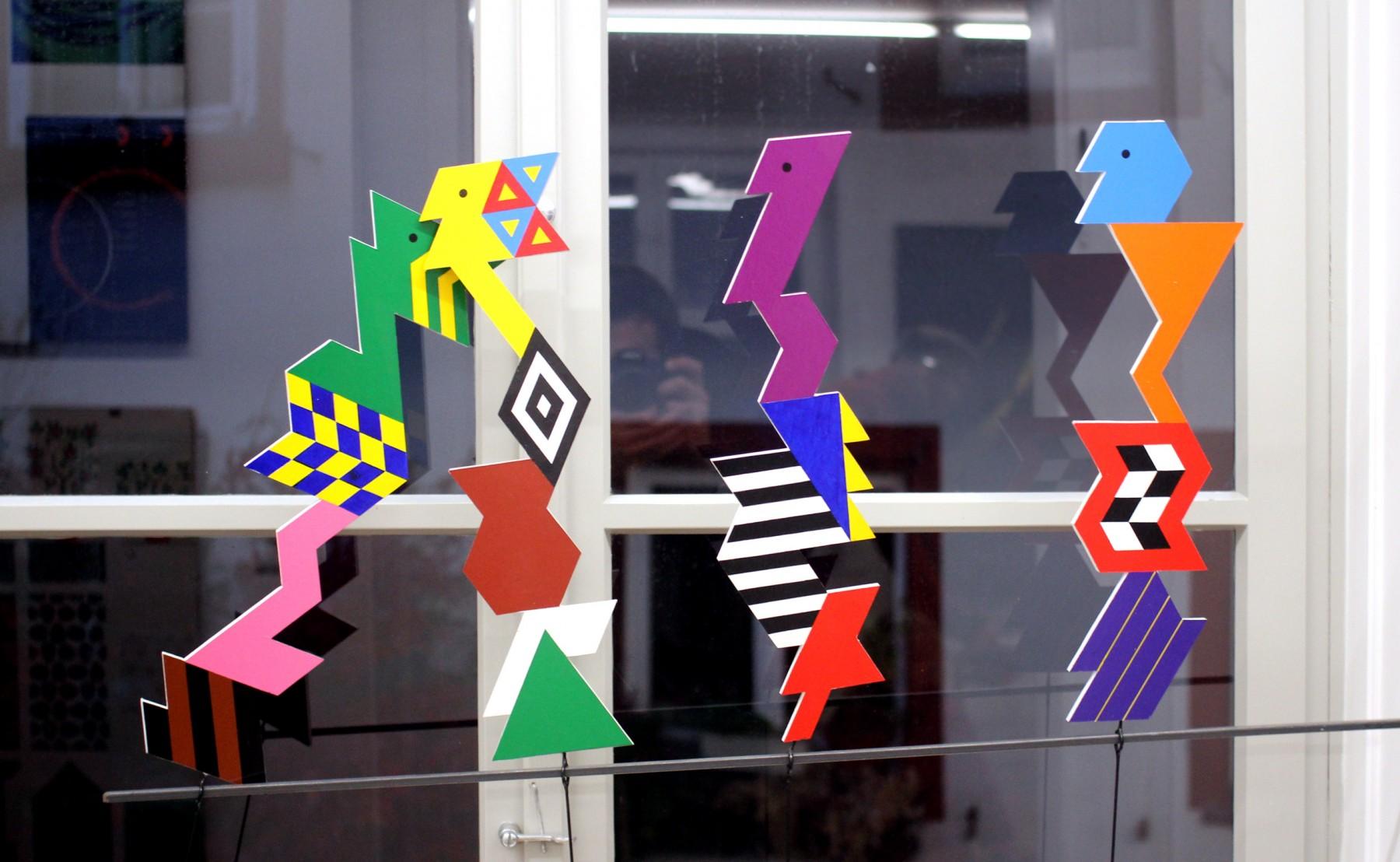 Les mobiles colorés du graphiste suisse Rolf Rappaz