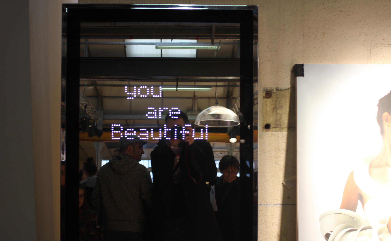 Biennale du design 2013 for Beau miroir design