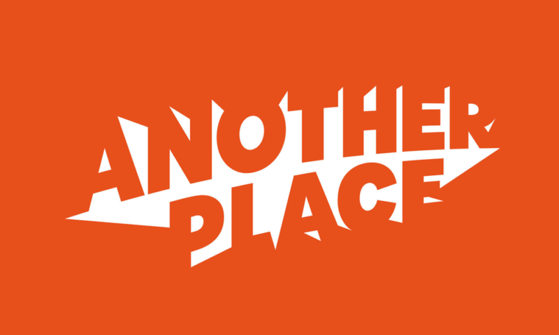 Another Place, le logo de l'esplace